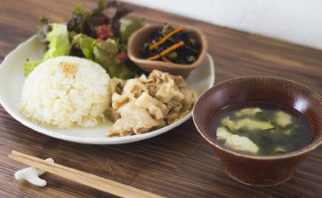 県産豚生姜焼き